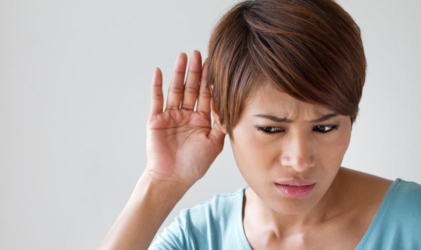 Científicos señalan que pérdida de capacidad auditiva sería señal de alerta  de Alzheimer y demencia - VCM - VCM